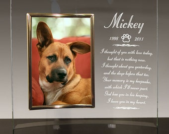 Dog Memorial Frame - Curved Glass Frame Personalized With Name - Choice Of 12 Pet Loss Poems - Holds 5x7 Photo - Free Sympathy Card