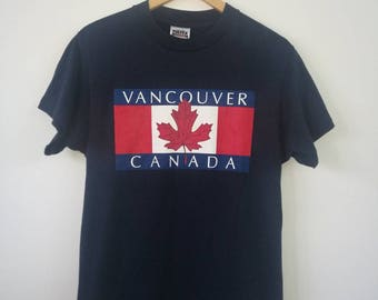 T-shirt Short Sleeve VANCOUVER CANADA Flag Maple Leave Excellent Small Size