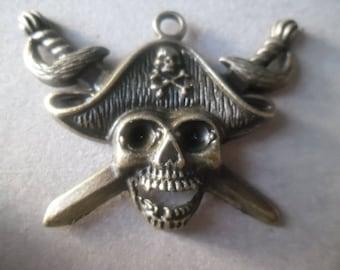 x 1 pirate skull pendant/charm bronze 44 x 34 mm