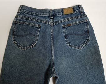"""Women's Vintage Lee Jean's High Waisted, Tapered Leg Jeans, Mom Jeans, Size 28"""" Waist, Medium"""