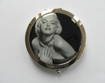 Vintage Seductive Marilyn Monroe Silver Compact Mirror