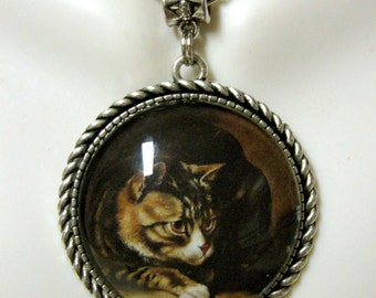 Tabby cat pendant with chain - CAP25-035