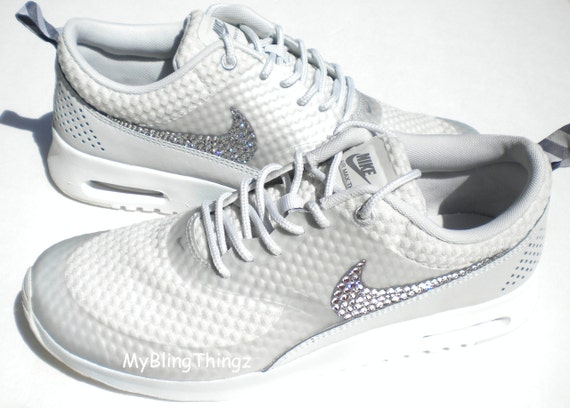 nike air max thea light grey and white shower
