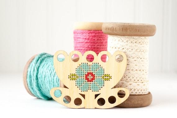 Tulip Thread Keep Diy Kit Embroidery Floss Organizer Thread Minder