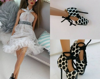 12 inch fashion doll shoes & dress shoes one size fits all Barbie,nuface,Fr1,Fr2,other same size!