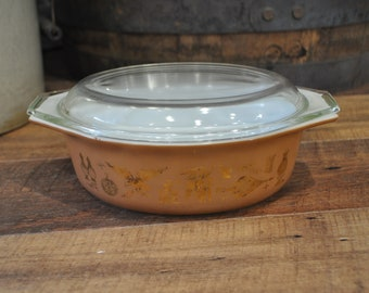 Vintage Pyrex Early American Oval Casserole 043 with Lid 945 C 25
