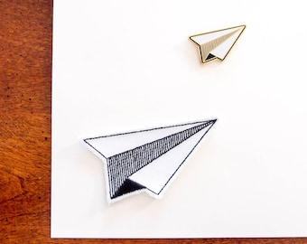 Les enseignants cadeau - Patch autocollant + broche émail (lot de 2) - avion en papier - personnaliser vos livres, agenda, sac d'école - cadeau plus cool!
