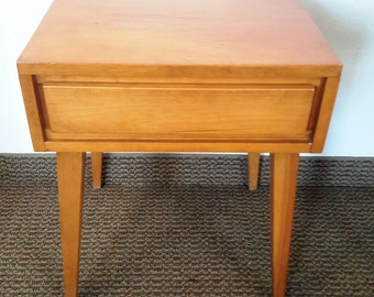 Mid Century Conant Ball NightStand / End Table In Maple 1960's