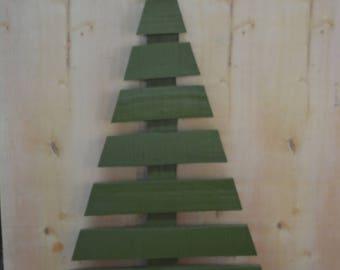 Pallet Pine Tree Decoration