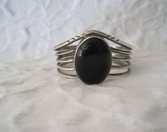 Sterling Silver Black Onyx Cuff Bracelet Native American Navajo Artist E. Francis Signed