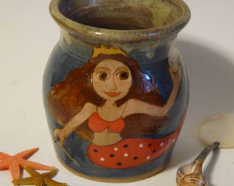 BROWN HAIRED  MERMAiD Vase with Seashell Mirror, Pottery Vase with Mermaid and Seaweed