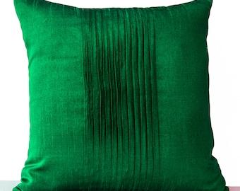 Emerald Green Pillow Cover, Green Faux Silk Pillow, Green Pillow Covers, Pintuck Pillow, Textured Pillow, Green Cushion, Green Throw Pillows