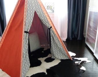 Teepee/Kids Teepee/Kids Tent/Custom made Teepee/ Nursery Decor/Great for the Little Adventurers/Play Tent/Toddler Teepee/Play Teepee
