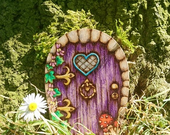 Fairy Door - tooth fairy - child's bedroom or garden - pyrography - colour choice and can be personalised with name - unique birthday gift!