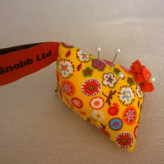 S - 486 Yellow pin cushion