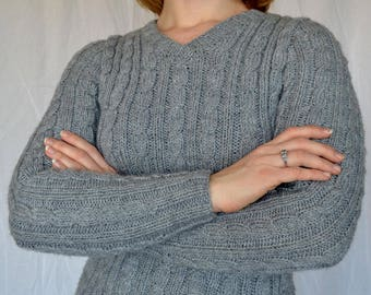 Sigler Women's Cable Ribbed Sweater PDF Knitting Pattern by Vint Hill Knits