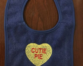 Cutie pie Valentine's Day bib