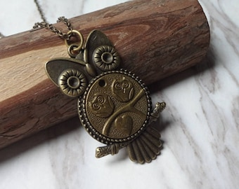 Vintage Victorian Revival Molded Brass Owl Pendant Necklace 0531