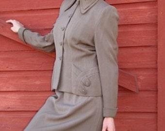 1940s Womens Suit, Taupe Suit, Pin Up Suit, 40s USO Dress , Mid Century Clothing, Size Small, Business Suit, 40s Vintage Suit, 40s Suit
