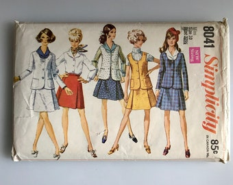Groovy 60s skirt suit, Simplicity 8041