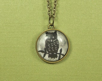 Owl Necklace, Owl Pendant, Owl Lover Gift, Bird Necklace, Bird Lover Gift, Owl Jewelry, Tiny Owl, Woodland Necklace, Bird Pendant, Wise Owl
