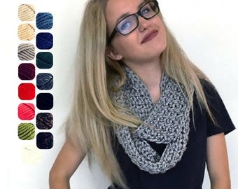Infinity Scarf - Super Chunky Scarf - Circle Scarf - Wrap Scarf - Knit Scarf - Knit Infinity Scarf - Cowl - Christmas Gift for Her