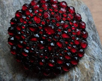 Antique Bohemian garnet and silver round brooch - vintage jewelry