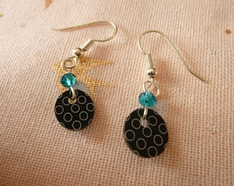Earrings made of plastic pellets crazy black, round shape white and blue beads