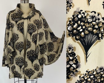 1960's Custom Made Black & Khaki Floral Bouquet Novelty Print Swing Swagger Coat Jacket | One SIze Fits Most | Size Extra Large