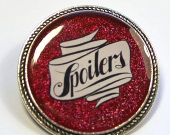"""Dr.Who Doctor Who River Song """"Spoilers"""" Resin Brooch"""