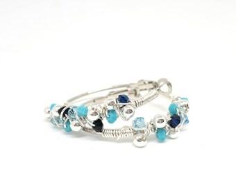 Orecchini wire, orecchini con cristalli, orecchini di metallo, orecchini turchesi, orecchini acciaio, orecchini estivi, regalo per lei, ooak