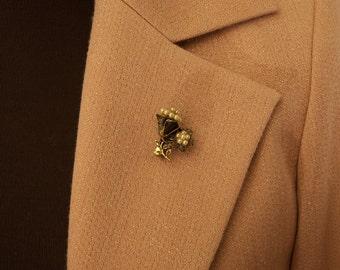 Sweet Vintage Flower Brooch Pin
