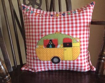 Caravan cushion with a pad, caravan pillow, retro caravan cushion, appliqued caravan cushion,