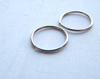 Hoop Earrings - Infinity Earrings - Infinity Hoop Earrings - Silver Earrings - Titanium Earrings - Niobium Earrings - Hypoallergenic Earring