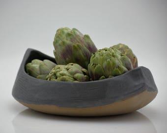 Serving  bowl, Handmade pottery, Black Ceramic bowl, Housewarming gift, Salad bowl, Fruit bowl, Handmade gift, Anniversary gift