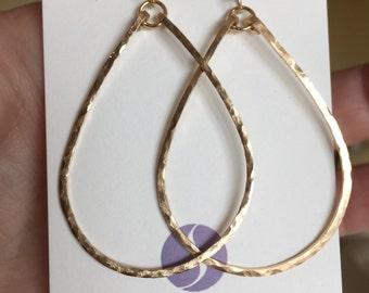 Gold Hammered Hoop, Gold Teardrop Hoop, Medium 14K Gold Filled Hoop, Hoop Earring, Kristiana Earrings in 14K Gold Filled, Size: Medium