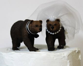 Bear Wedding Cake Topper, Grizzly, Animal Cake Topper-Brown-Bear-Wildlife-Forest-Rustic-Woodland-Destination-Unique