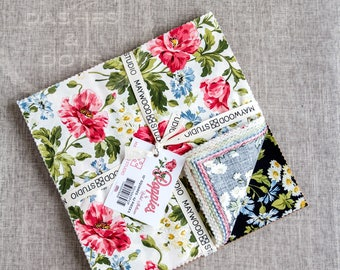 """Maywood Studio  """"Poppies"""" 42-10"""" quilting cotton pieces, Colourful """"Poppies""""  10""""Layered Cake Quilting Cotton"""