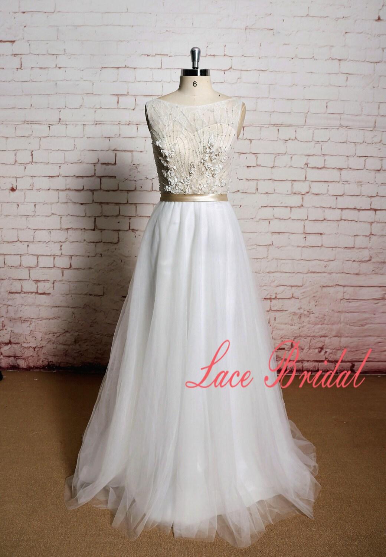 Brautkleid Perlen Hochzeit Blumen Hochzeitskleid mit Tüllrock