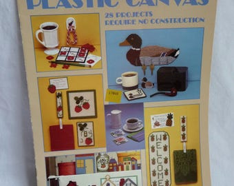 Easy Pieces in Plastic Canvas, Plastic Canvas Patterns, Leisure Arts, 28 Projects,Magnets,Switch Plate Covers,Sewing Pattern,Sewing Supplies