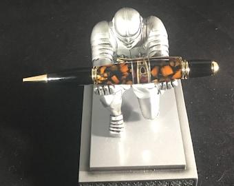 Segmented ballpoint pen