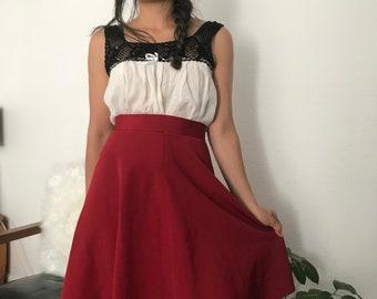 Knee length vintage circular skirt || 1970s vintage || womens vintage skirt || 70s skirt || womens 70s skirt || flowy red skirt || small