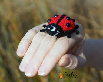 Ladybird brooch Insect pin Ladybug pin Summer jewelry Fashion accessory Kids jewelry Insect brooch Funny brooch Insect jewellery Beetle pin