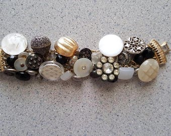 Vintage Caro Bracelet Embellished with Buttons