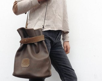 Didier Lamarthe | Vintage | 1980s | Bucket bag | Leatherette/leather | Brown | Handbag | Shoulder bag | Medium size | Classic