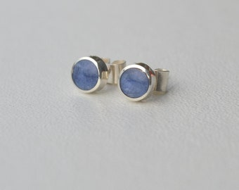 Mini-studs : blue sodalite and sterling silver