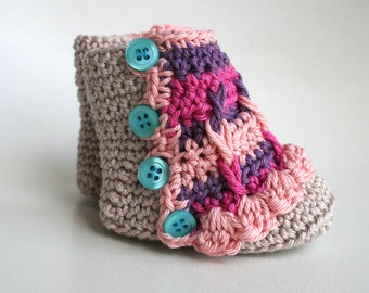 Crochet pattern, crochet baby pattern, crochet baby booties pattern,INSTANT DOWNLOAD crochet colourful baby booties (212)