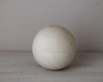 """Musical wooden ball 3.35"""" (8.5 cm)"""