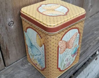 CUSTOM Scented Soy Wax Vintage Butterfly Tin Candle (20 oz. approx.)