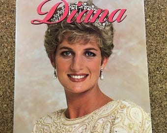Diana - The Story Behind Her Private Life published 1992 Princess Diana
